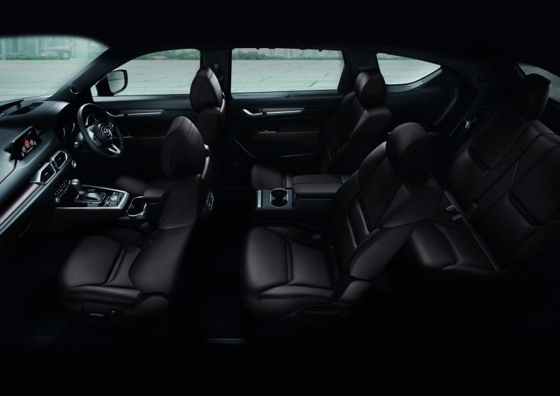 Interior-6-Seat-01