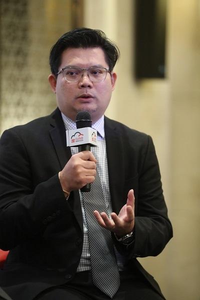 ดร. รัฐิติ์พงษ์ พุทธเจริญ ตำแหน่ง ผู้อำนวยก (1)
