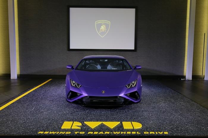 13. Lamborghini Huracan EVO RWD